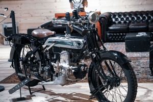 TOP Mountain Motorcycle Museum Hochgurgl/Tyrol: Special Exhibition 100 years Brough Superior
